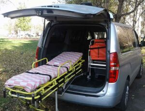 Медтаксі, фірми з перевезення лежачих хворих