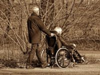 Как ухаживать за лежачим больным